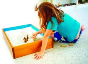 la sabbia per curare anoressia, bulimia e traumi nei bambini